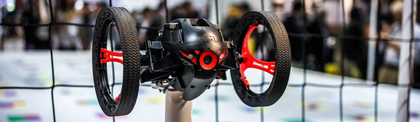 Citoyen du Monde Inc black drone ces 2015 wheels or flying red net