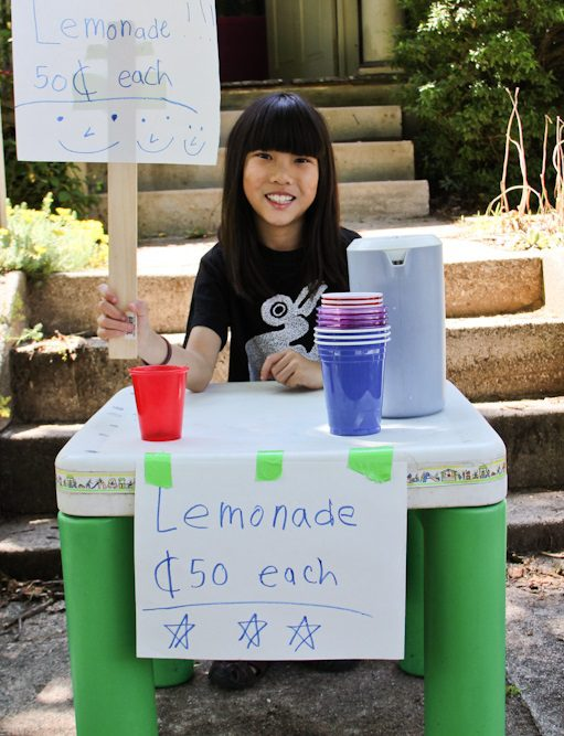 stevendepolo-lemonade-stand-young-girl-business-owner-startup-crop