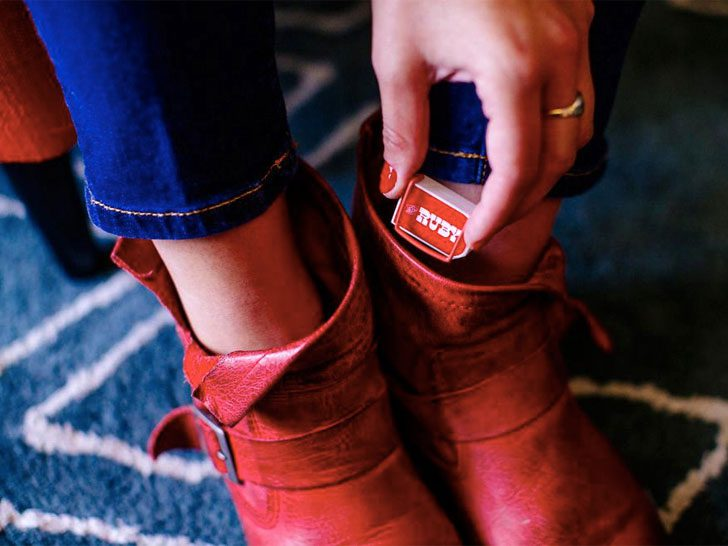 Dorothy Device Turns Ordinary Shoes into Smart Shoes