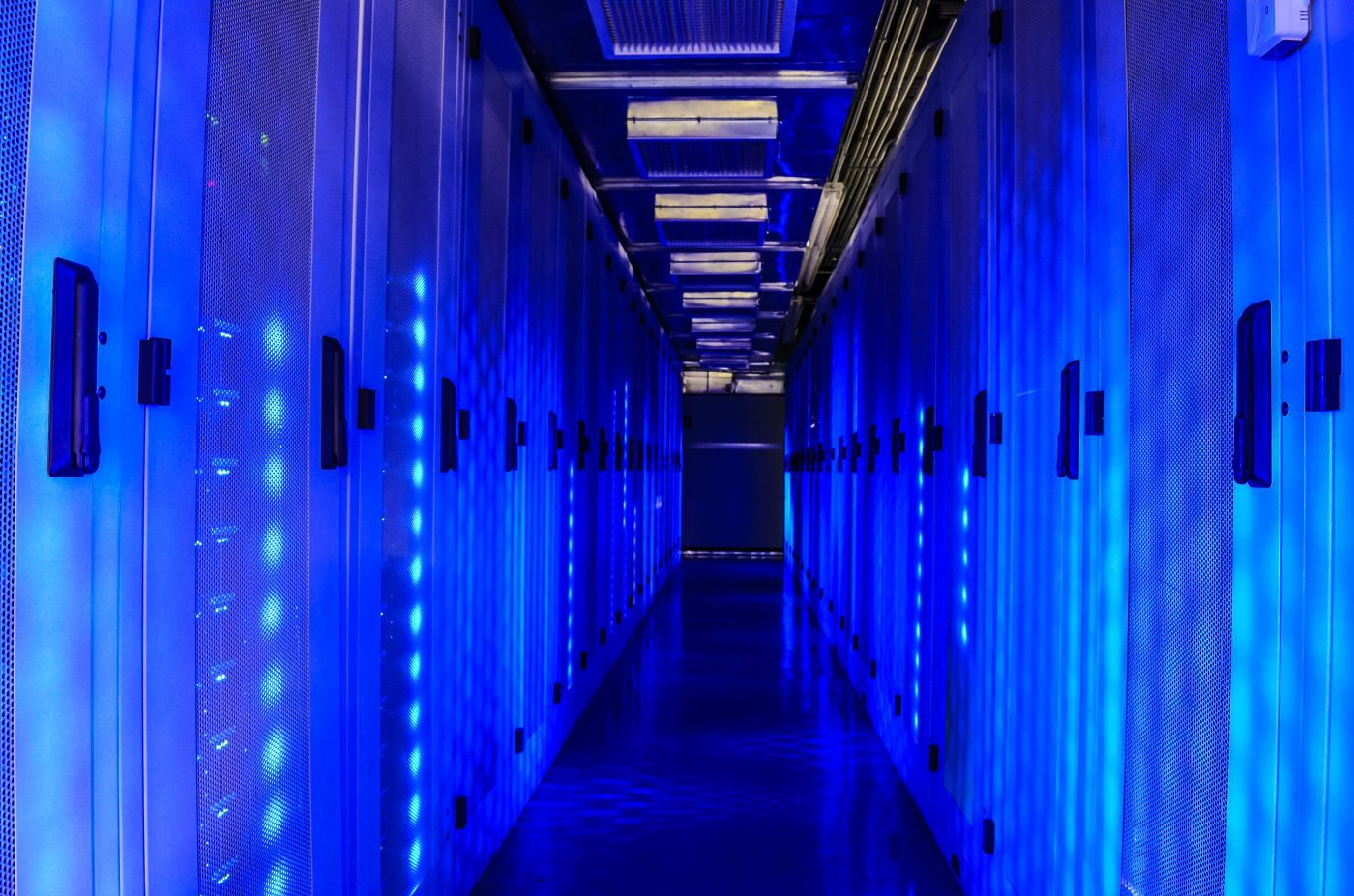 how to trick out your server racks and data centre