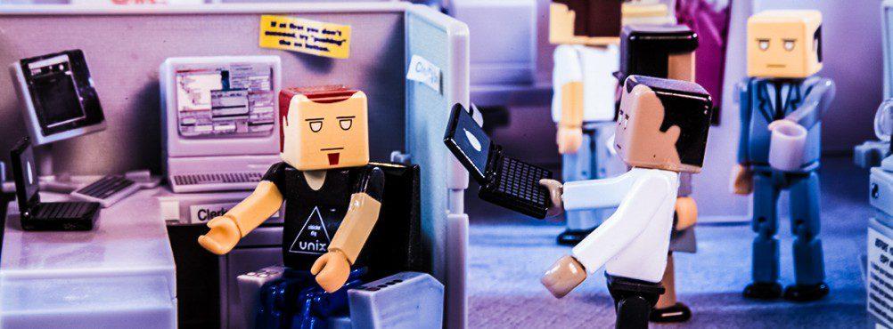 itsm clerk toys miniature office cubilce claire agutter it support unix broken laptop crop