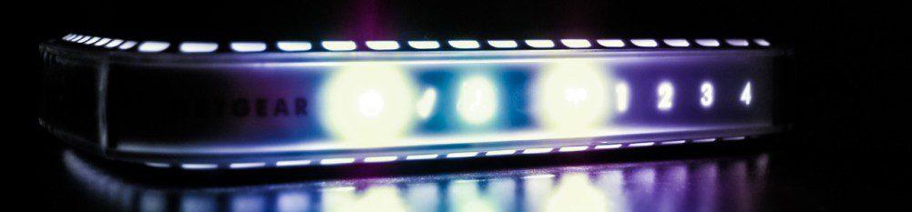Netgear Router Network Gear Device Dark Light LED Numbers Photo IT