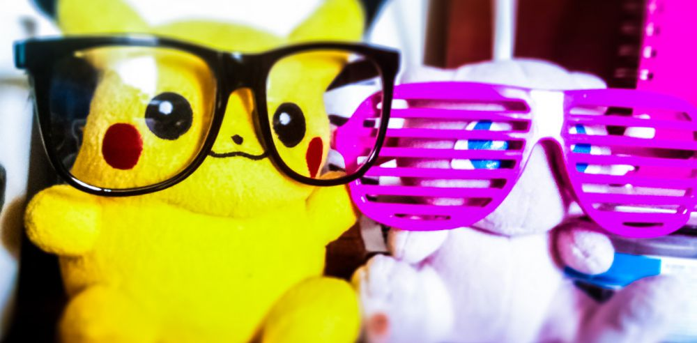 pikachu-mewtwo-cool-shades-glasses-pokemon-plushies