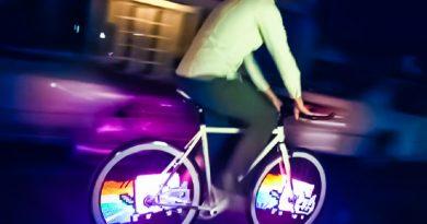 Monkey Lights Turn Your Bike Wheels into Animated Art [Video]