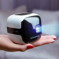 CINEMOOD Family 02_home cinema streaming netflix video amazon device internet projection light small portable car bed children kids toy watch relaxed gadgets startup