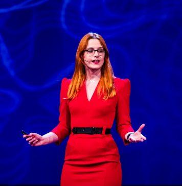 Victoria Turk Digital Etiquette The Future of Good Manners Talks at Google Video