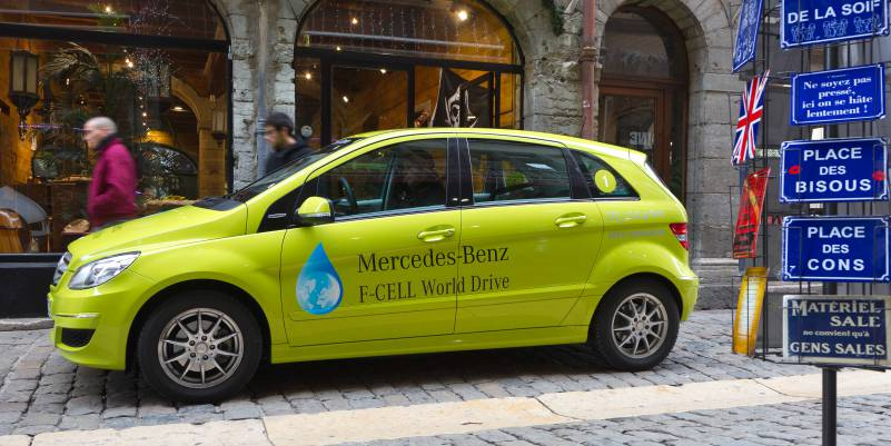 Mercedes Benz Fuel Cell World Drive F-Cell Car