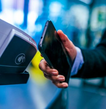 Mobile Payments App FinTech Startup Unicorn Revolut B2B Market Entry News Report Feature