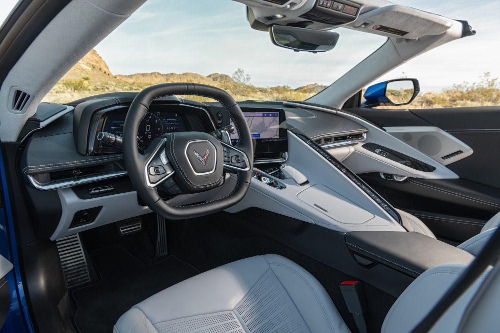 2020-Chevrolet-Corvette-Stingray-223