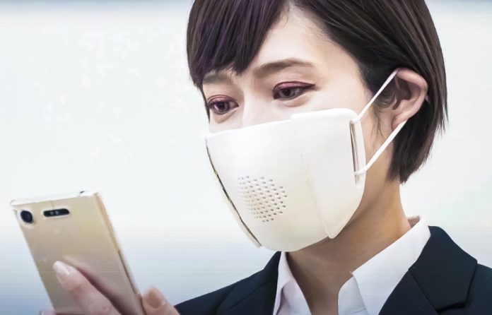 C-Mask Translation Voice Gadget