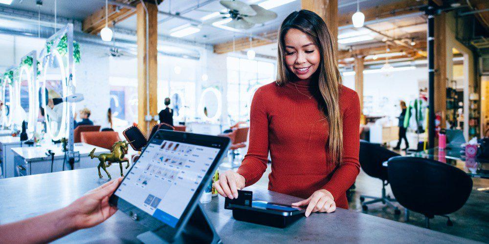 Goalsetter Cashola Credit Card Debit Financial Literacy Teaching Learning Paying Financial Transactions Woman Shop POS