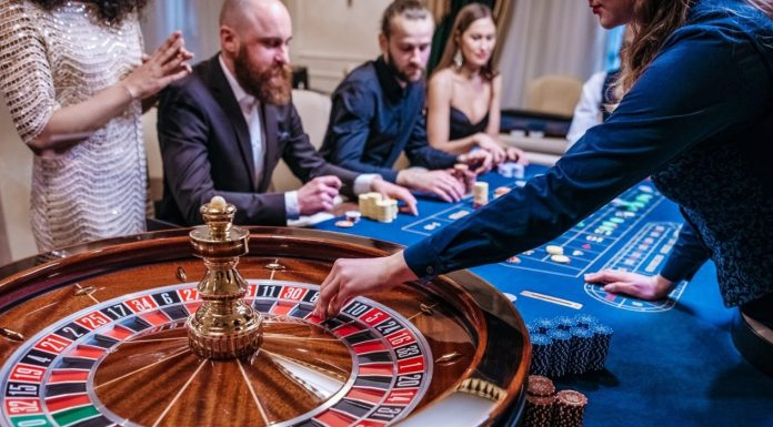 General Differences between Highest Payout Real and Online Casino in Canada